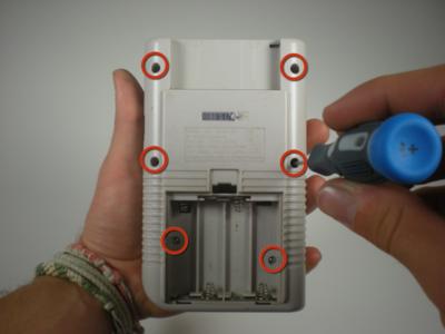 Gameboy Classic Shell Vervangen - Triwing Schroeven